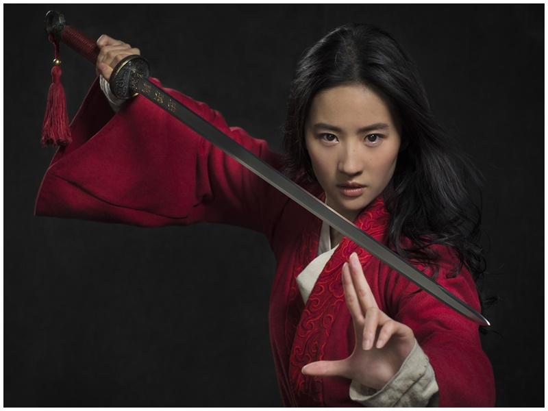 網民抵制劉亦菲主演的《花木蘭》。
