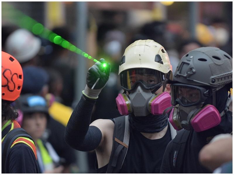 警方譴責示威者破壞社會安寧。