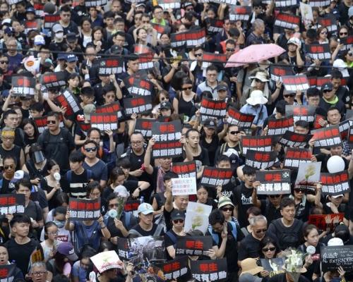 【維園集會】2500警力戒備 民陣採「流水式」人潮管制