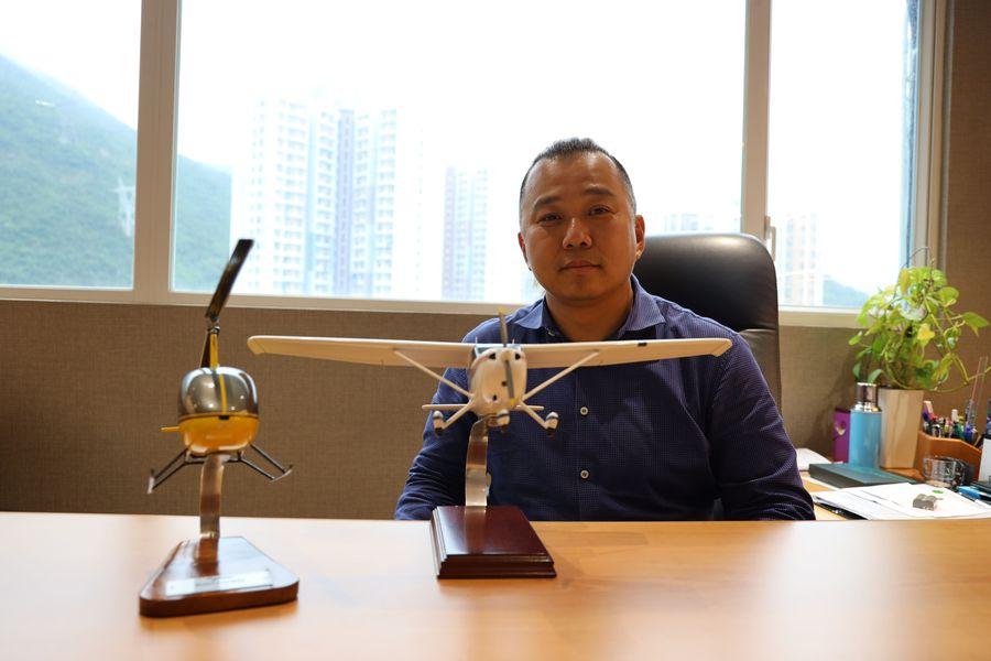 蔡鴻毅18歲創業賺第一桶金。