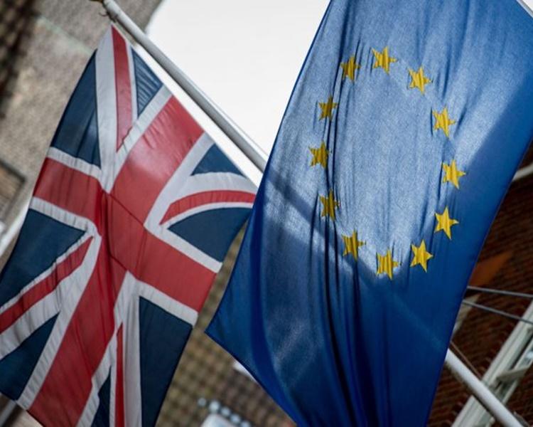 消息人士指要英國避免無協議脫歐一定要有新協議。 AP