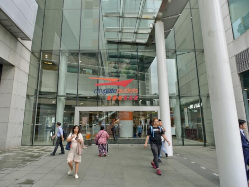 東薈城名店倉的擴建部分逐步完工。資料圖片
