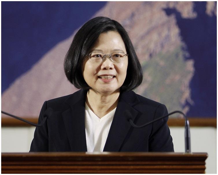 蔡英文呼籲北京政府不要將局勢惡化的責任推給並不存在的外力介入,不要作錯誤判斷。