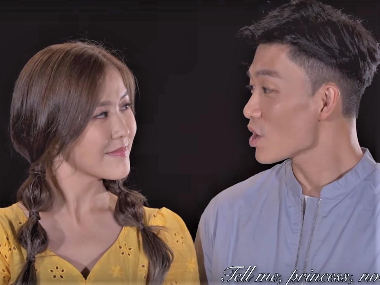 劉佩玥和周志文合唱歌曲,不時深情互望。