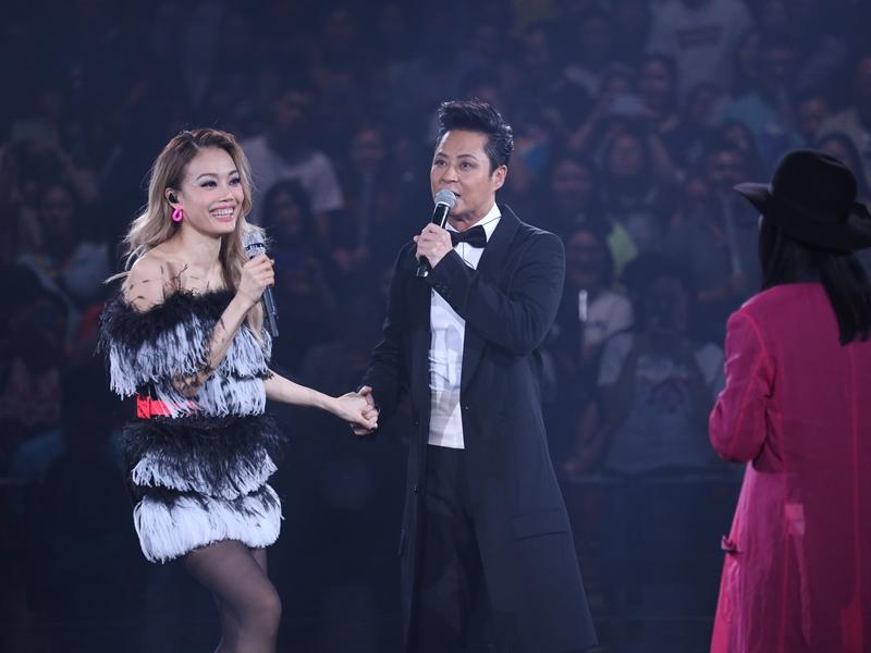 祖兒恭喜傑仔即將開個人演唱會,更自薦擔任嘉賓。