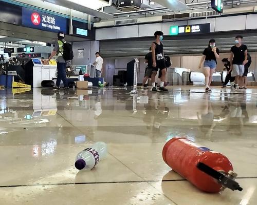 元朗站設施損毁 港鐵暫未確定今早服務會否受影響