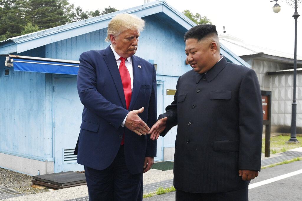 雖然特朗普和金正恩6月底見過一次面及握手,但之後又沒有下文。 AP