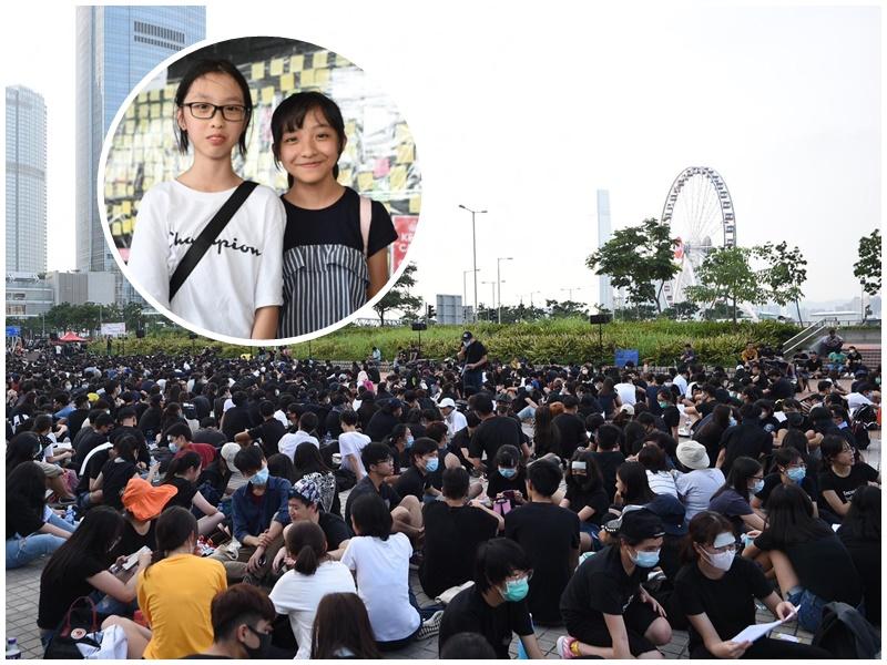楊同學(小圖左)主動要求父親陪她參與集會。