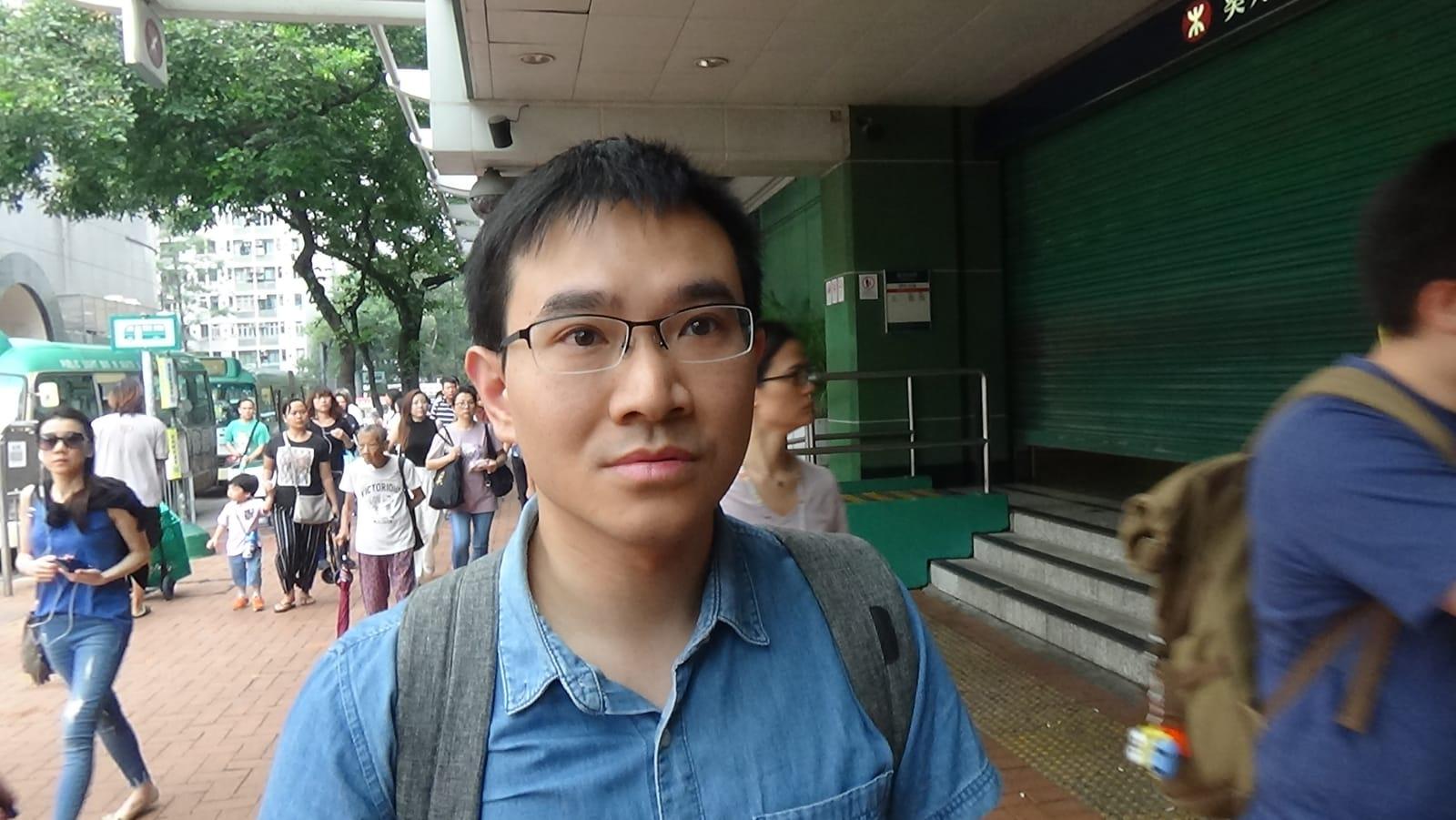 譚先生希望示威者和平表達訴求。 蔡楚輝攝