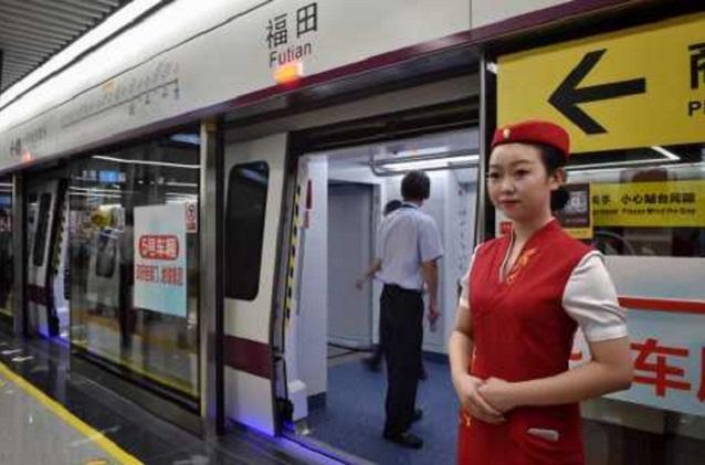 深圳擴大敬老優惠待遇範圍,港澳台居民滿60歲免費搭巴士地鐵。 資料圖片