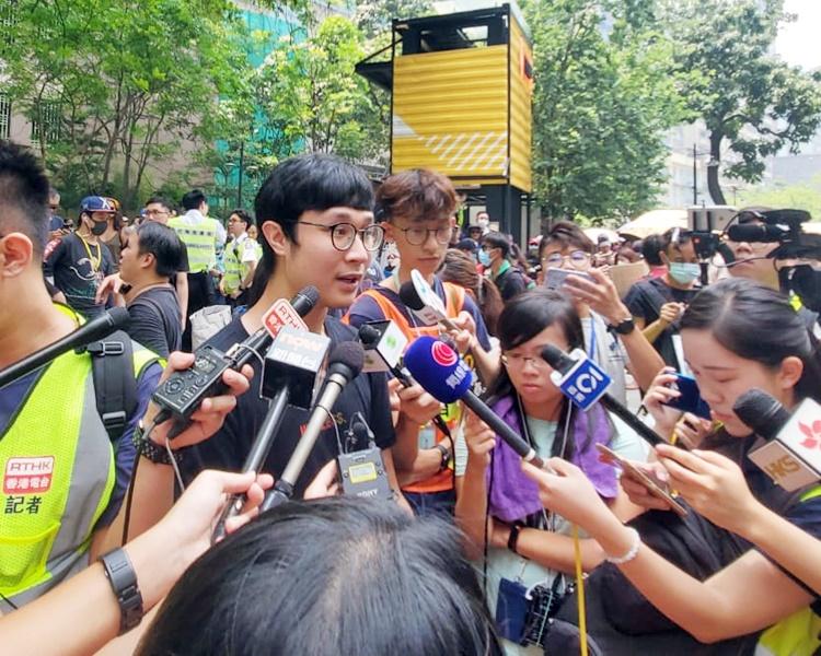 遊行發起人劉頴匡指呼籲有意參加遊行的人士,提早前往起點集合。