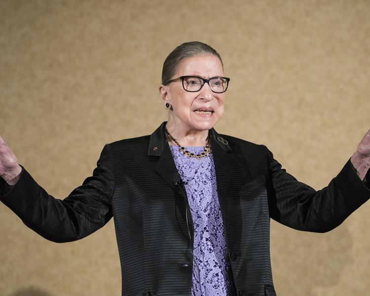 已屆86歲高齡的金斯伯格是最高法院內最資深的自由派法官。AP