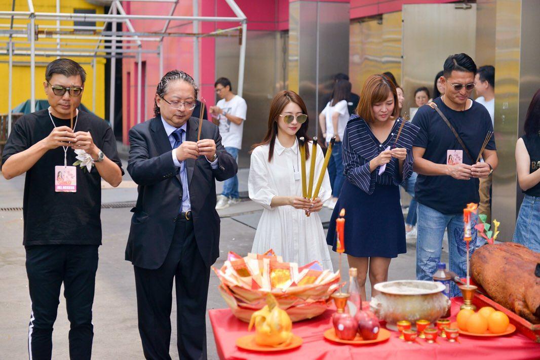 菊梓喬今晚在九龍灣國際展貿中心舉行演唱會。 菊梓喬IG
