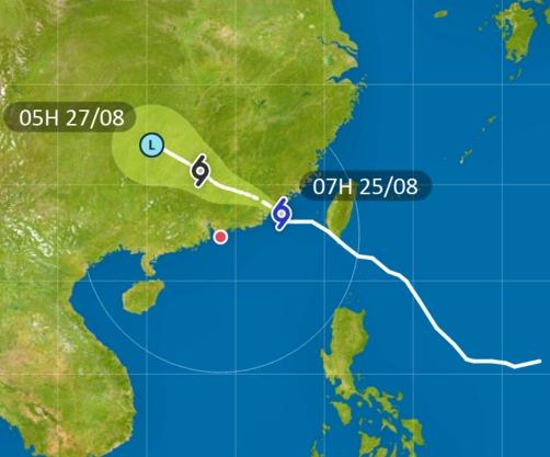 「白鹿」靠近中國東南沿岸並即將登陸。天文台截圖