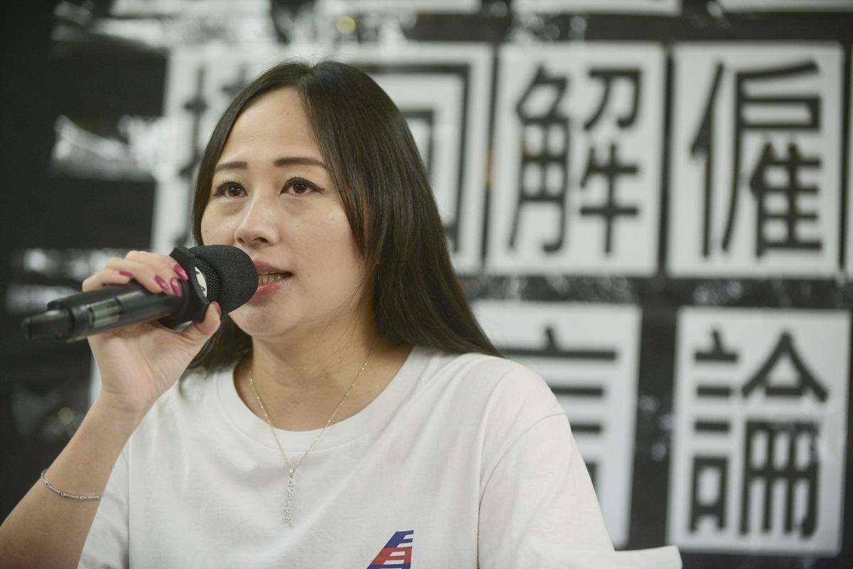 遭解僱的國泰港龍空勤人員協會主席施安娜。資料圖片