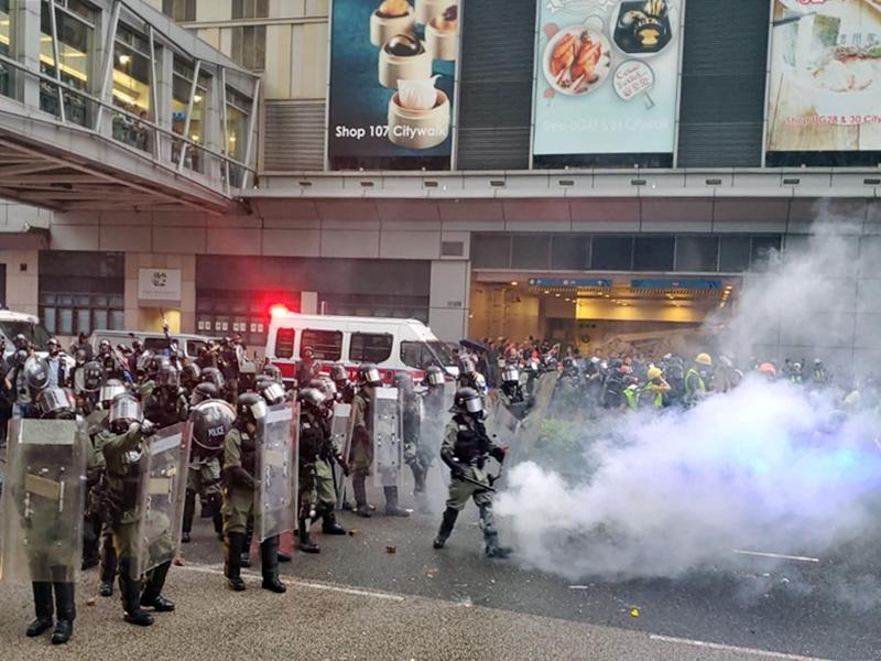 警方表示將會在短時間內使用最低的相應武力驅散。