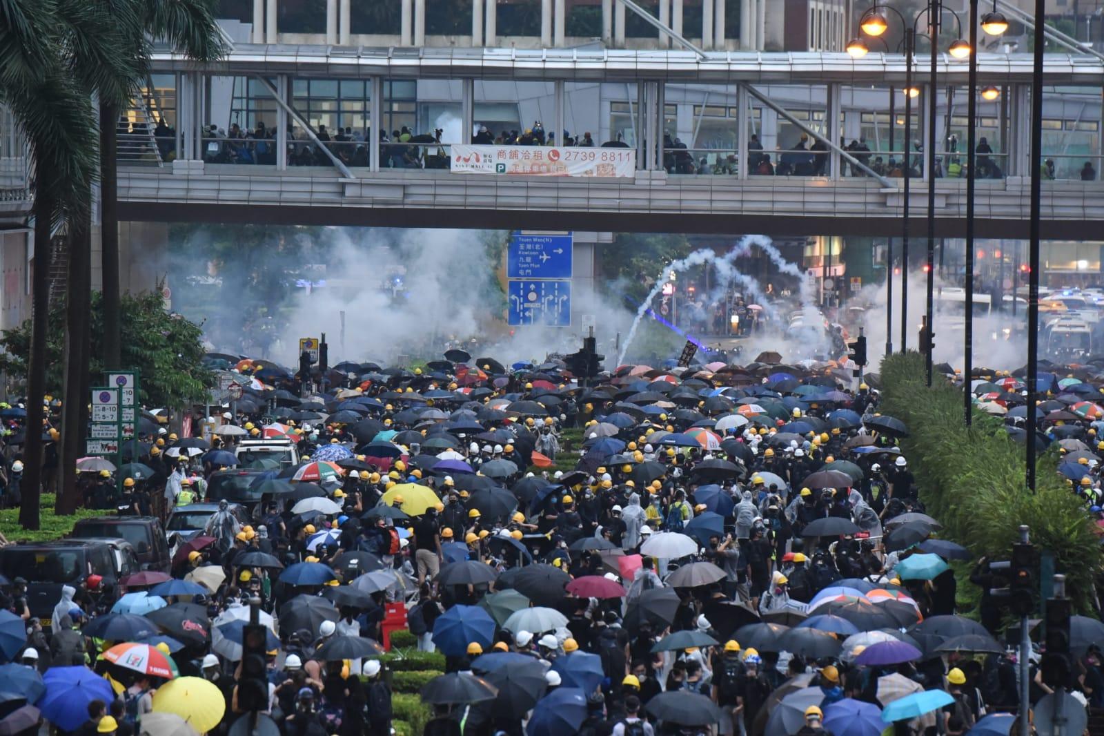 荃灣爆發大規模衝突。