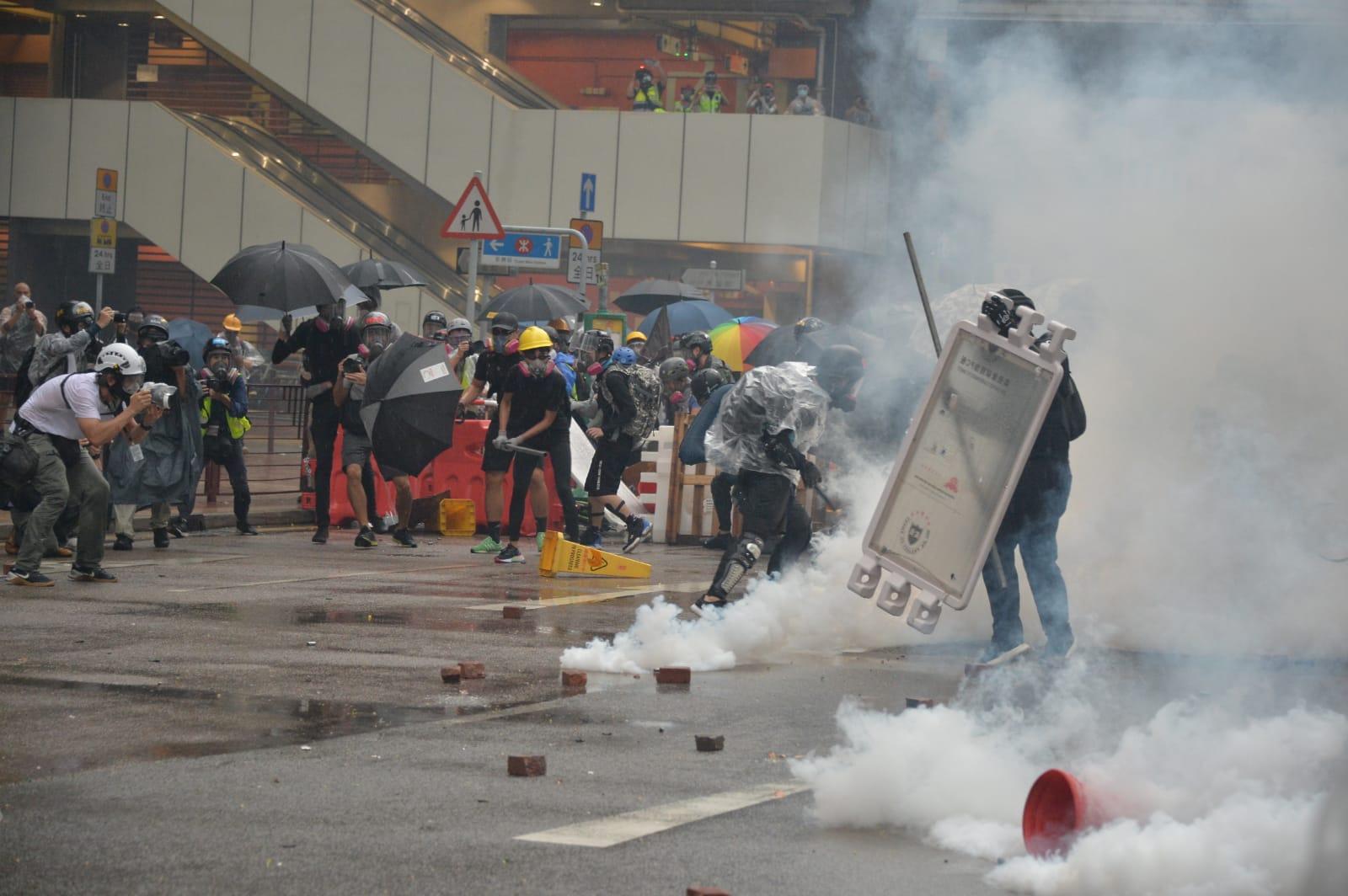 各區示威總共有41人受傷送院。