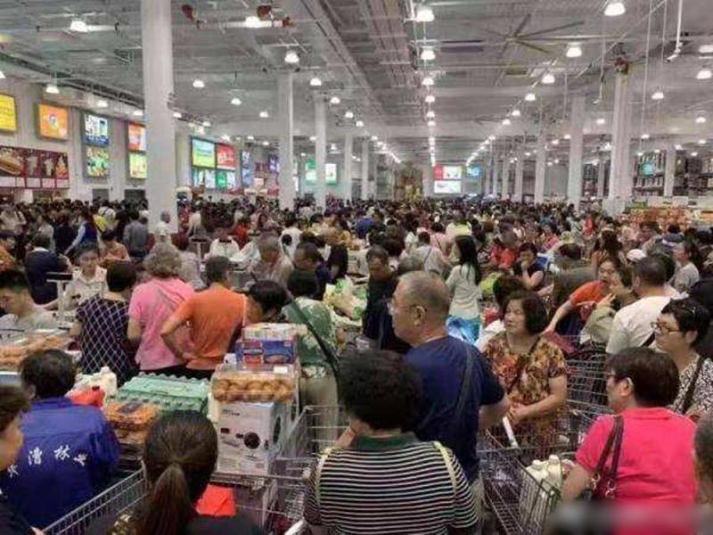 美國零售巨擘「Costco」中國首家分店今日在上海閔行正式開業。 網圖
