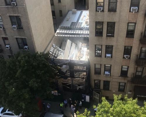 紐約建築地盤施工金屬架倒塌至少1死5傷