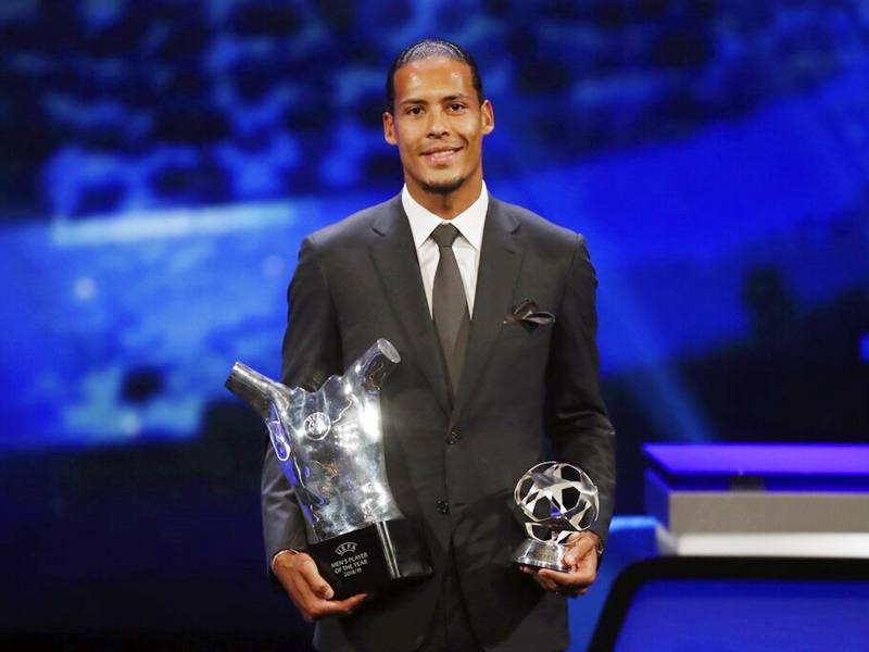 雲迪克成為UEFA年度最佳球員。AP