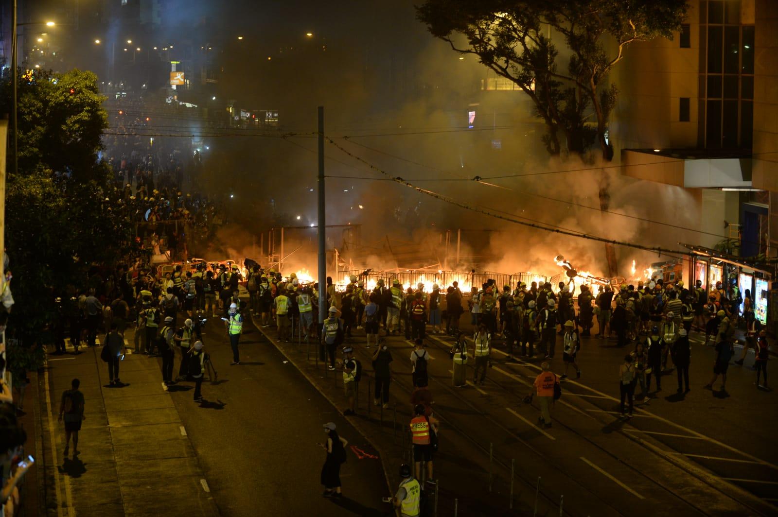 示威引發多宗衝突。