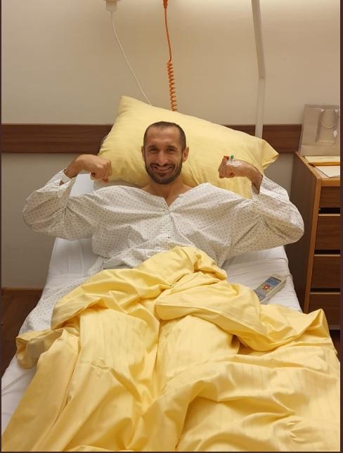 手術後,基亞連尼精神不錯。網上圖片