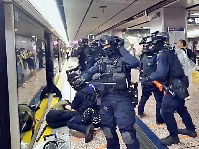 警方8.31太子站執法1行動惹起爭議。