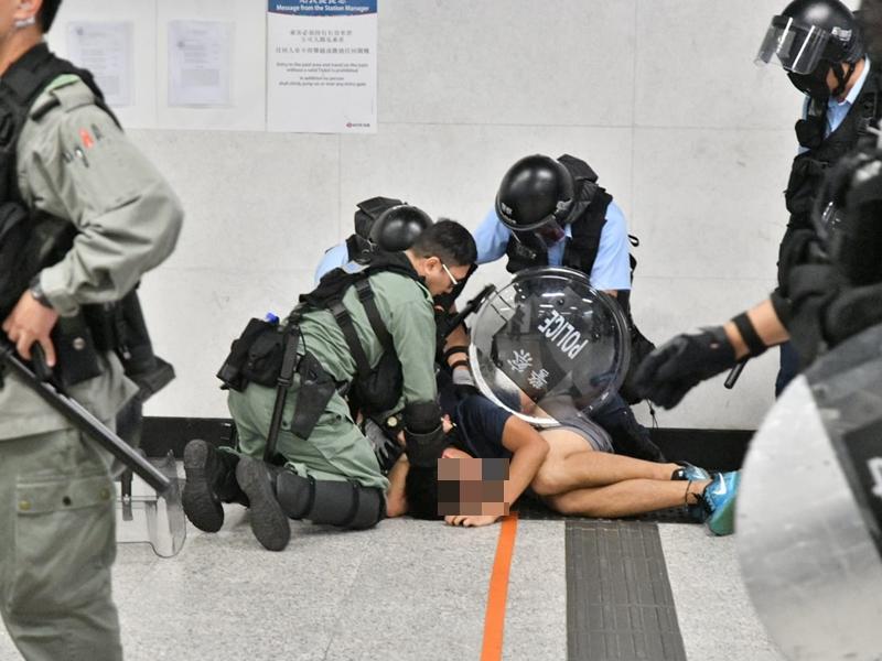 6月至今警方共拘百名未成年人士。資料圖片
