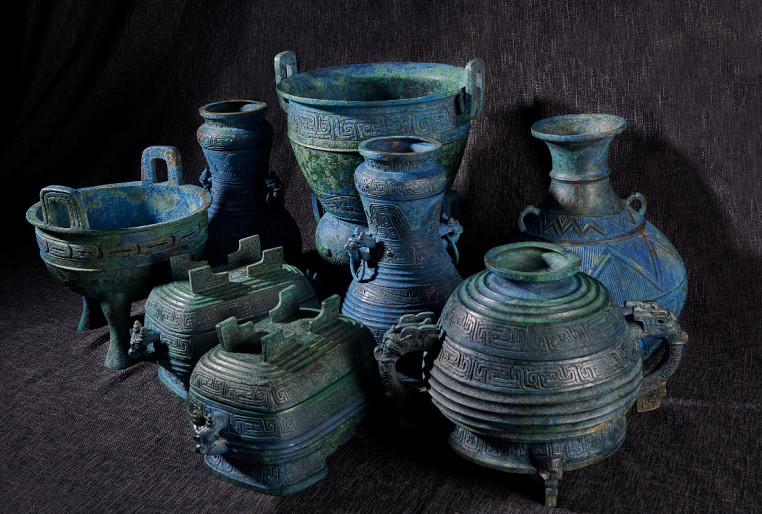 國家文物局今日表示,流失日本多年的「曾伯克父青銅組器」,被成功追回。 網圖