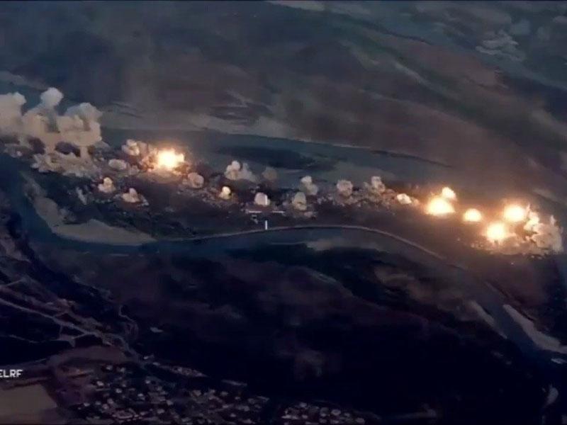 美軍空襲炸翻伊斯蘭國據點。(網圖)