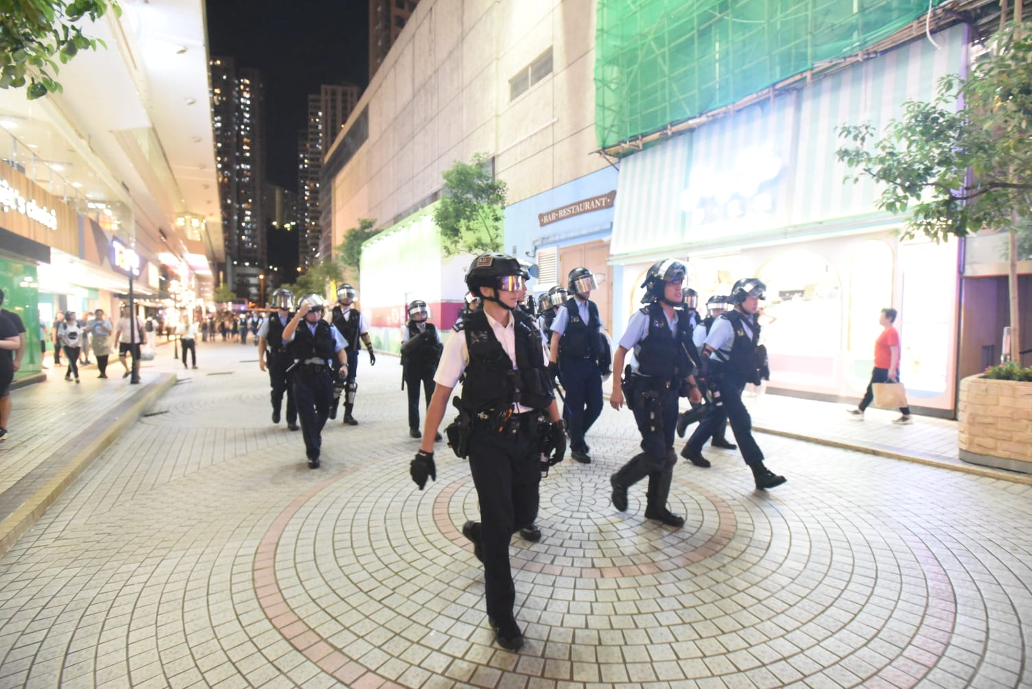 防暴警察到場。徐裕民攝