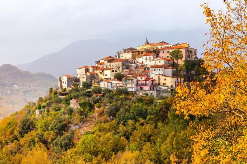 意大利中南部的莫利塞地區多山,由小城鎮組成。(網圖)
