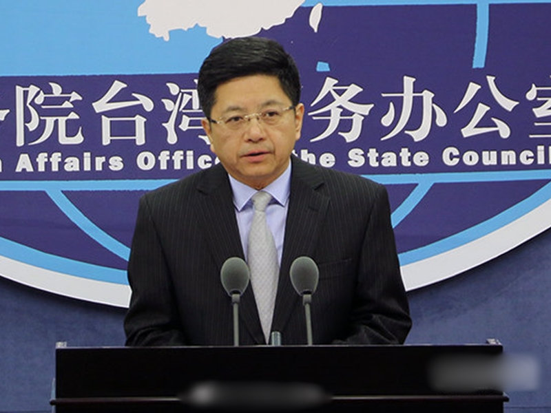 邱垂正指,香港辦事處處長工作簽證申請案自去年6月提出後,已多次透過管道與港府溝通,惟皆未獲正面回應。 網圖