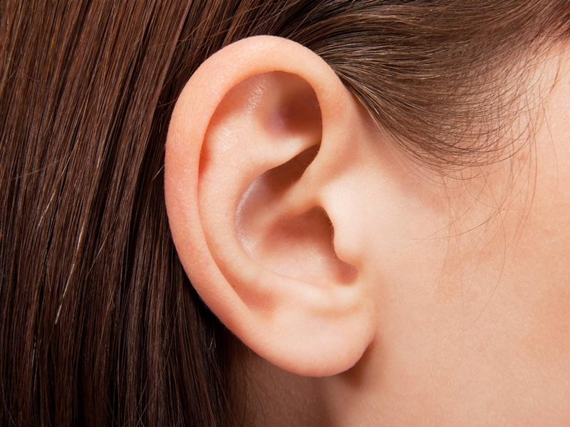 醫生幫女童做了檢查,結果顯示為「中度感音神經性耳聾」。 示意圖/網圖