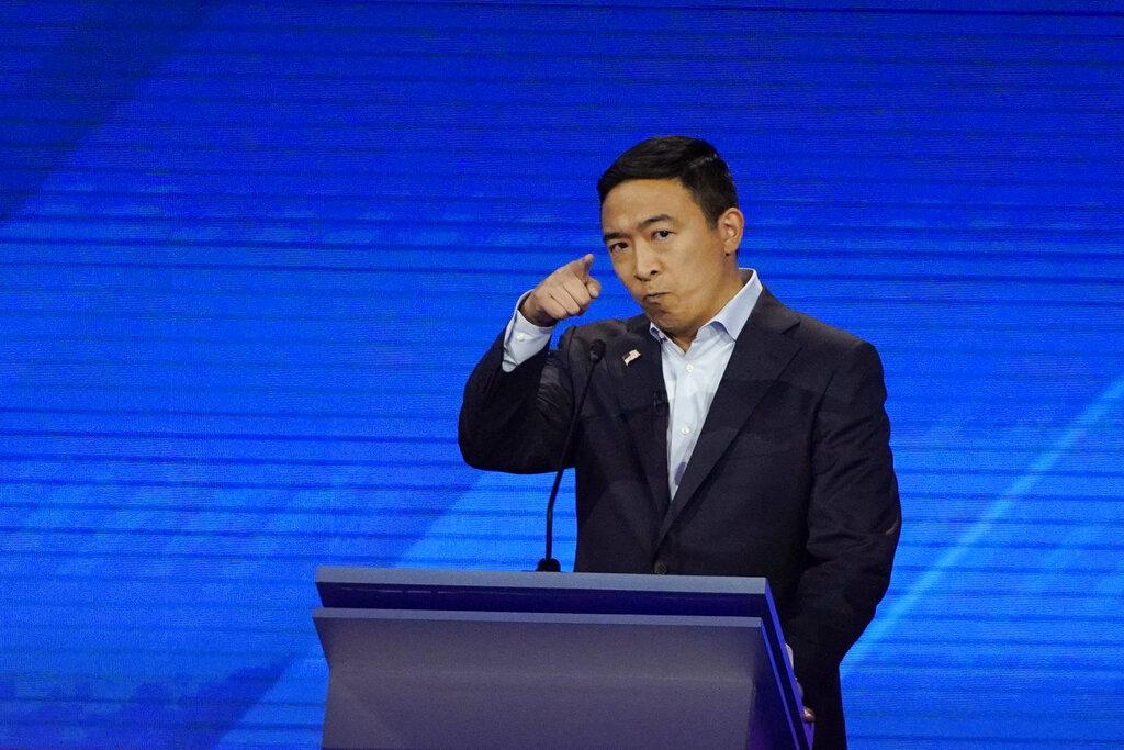 楊安澤表示,他在成長過程中不斷面臨反亞洲的種族主義。AP