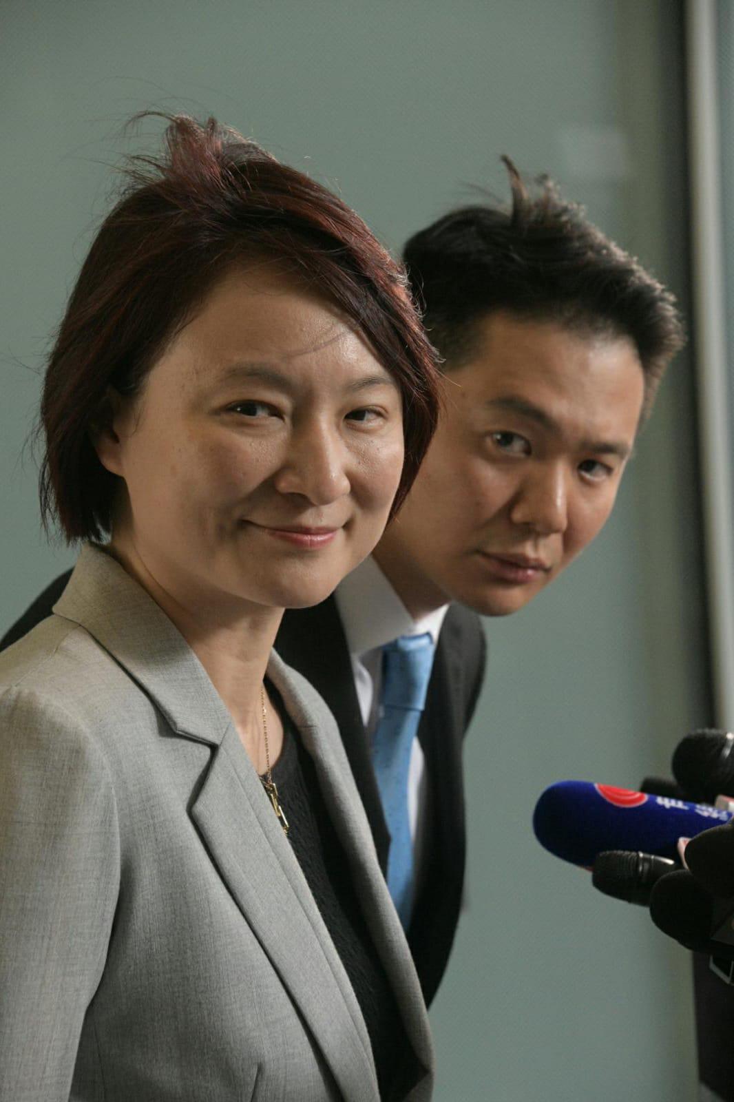 李慧琼(左)擔心人權法通過後,令中美關係更緊張。