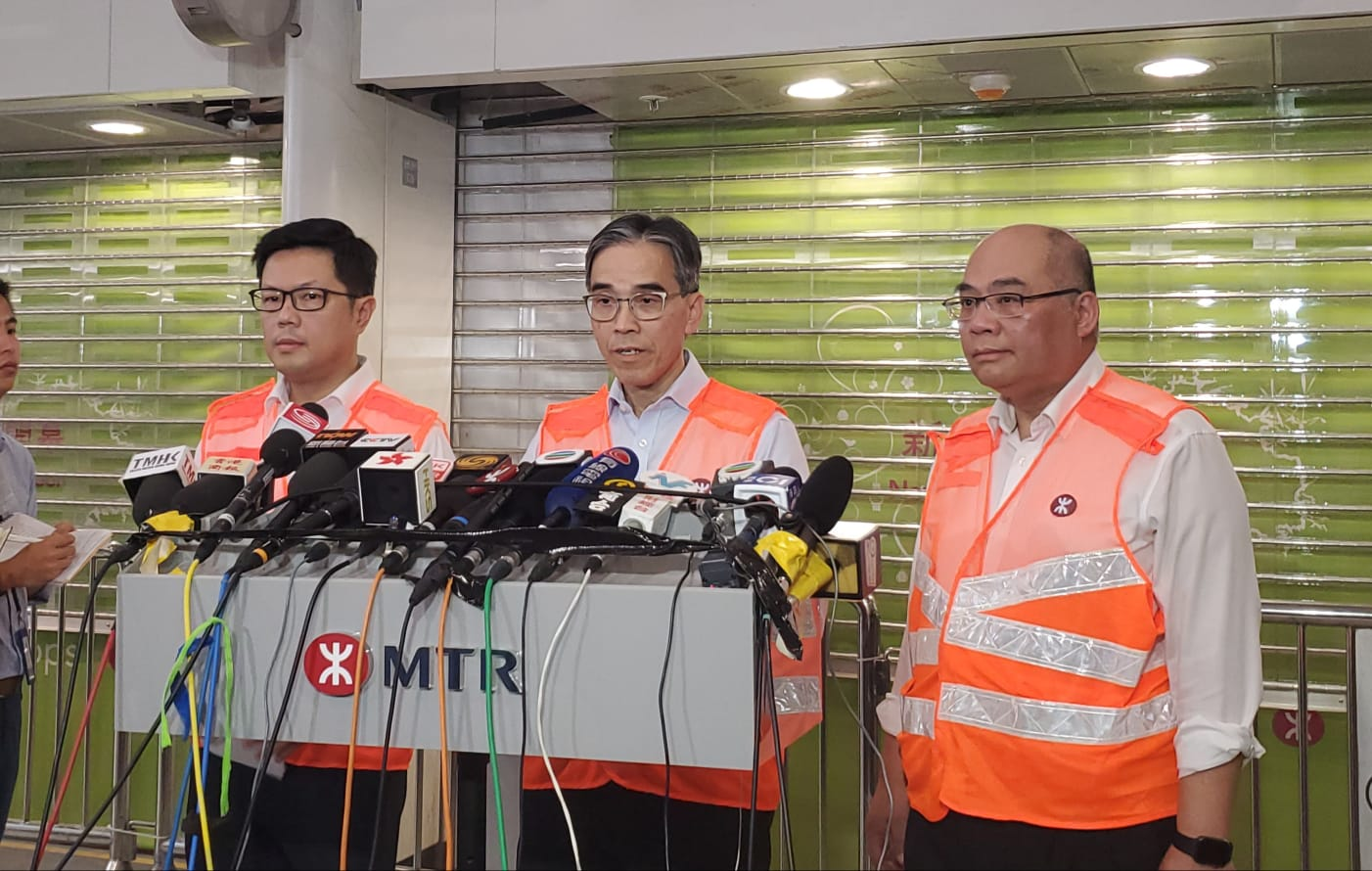 劉天成稱出軌的原因很多,或因有外物、路軌本身有裂痕缺損及列車設施出問題,但現時仍未知事故原因。