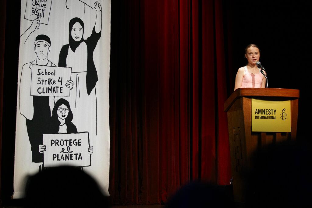 瑞典環保少女通貝里獲頒國際特赦良心大使獎。AP