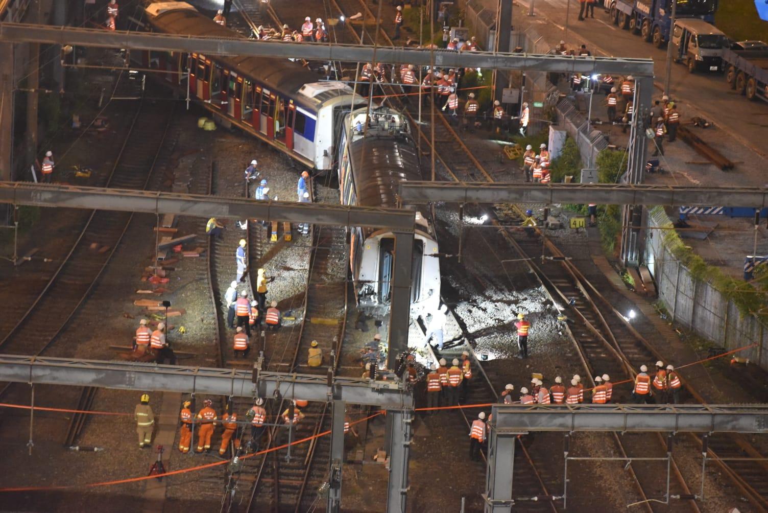 紅磡至旺角東列車服務暫停。
