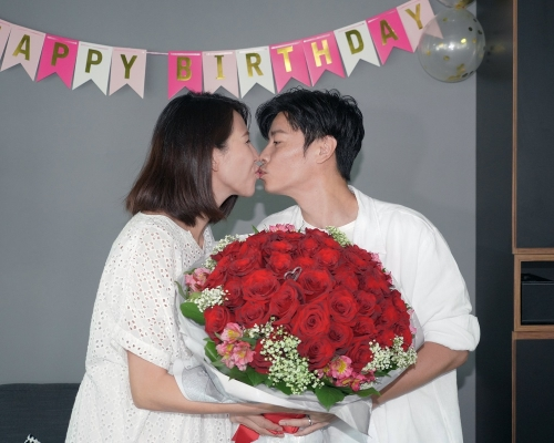 46歲蔡少芬生日宣布「封肚」 促鄧麗欣快結婚