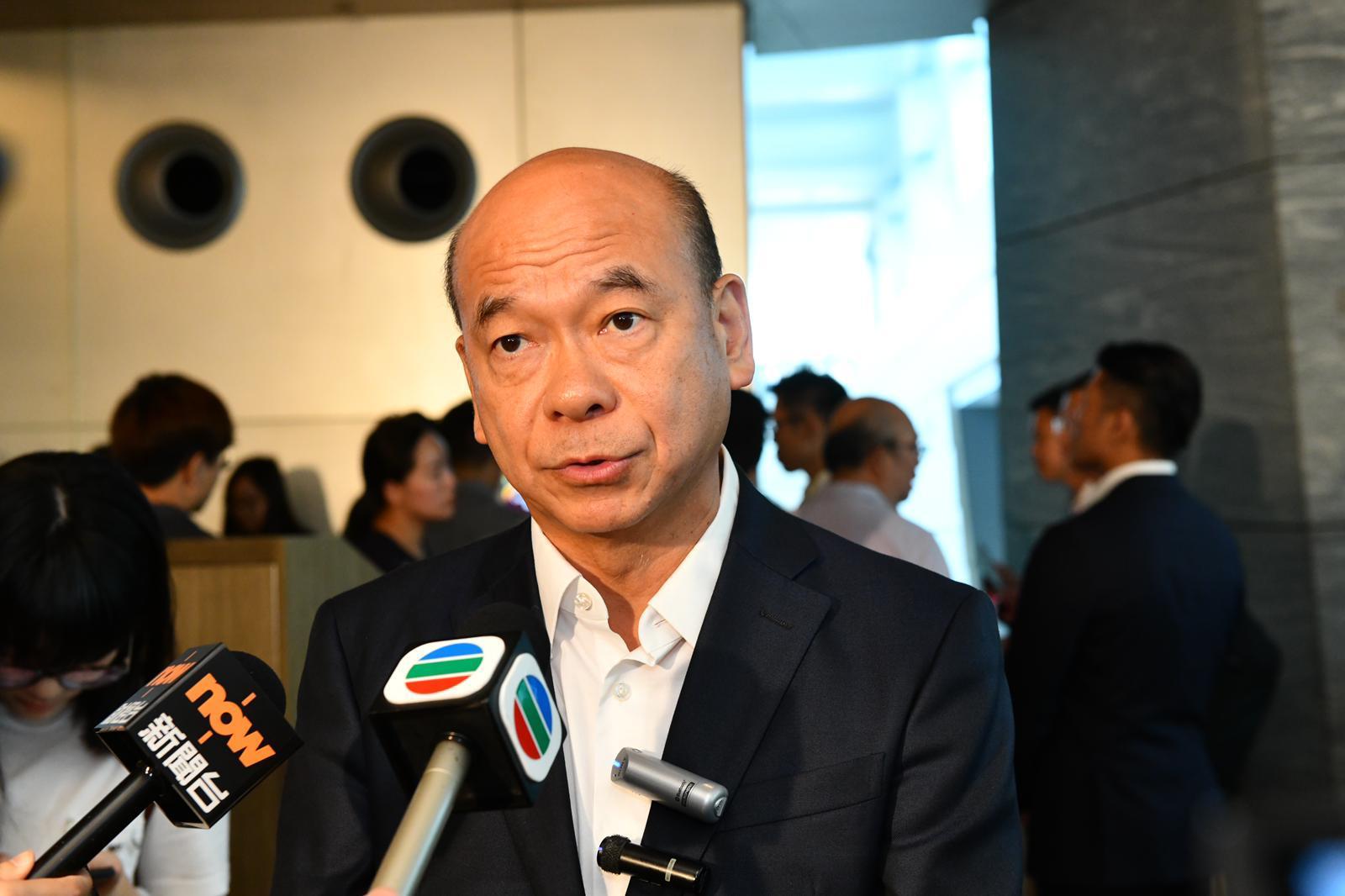 陳永傑指,該行有A組大手客投資者以公司名義入過百票。