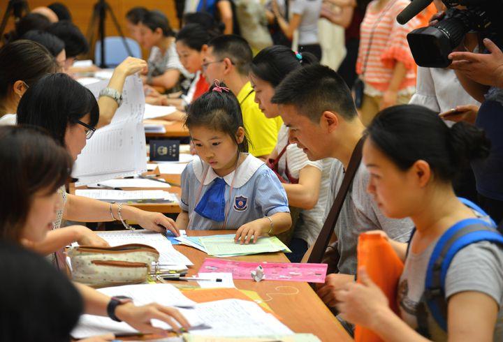 家長欲為升小學童報名「自行分配學位」 9月23日至27日須向心儀學校申請
