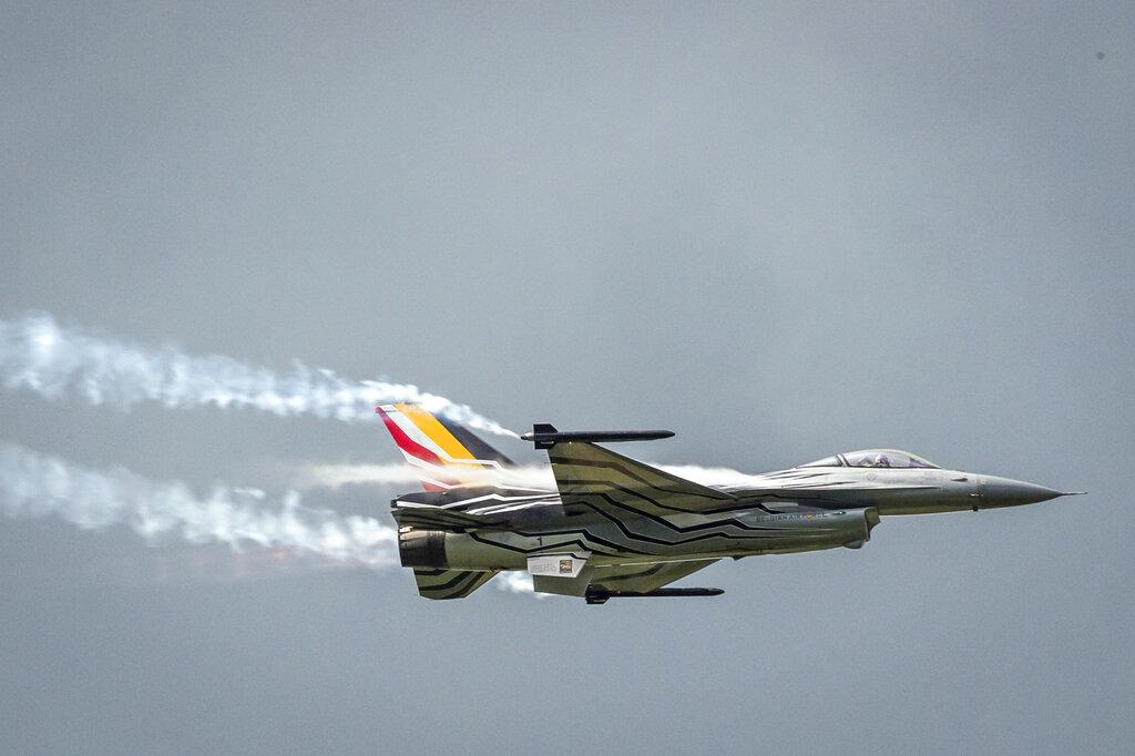 比利時空軍一架F-16戰機因為引擎故障在法國墜毀。 AP