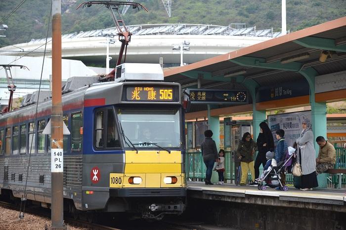 因應遊行港鐵調整輕鐵服務。