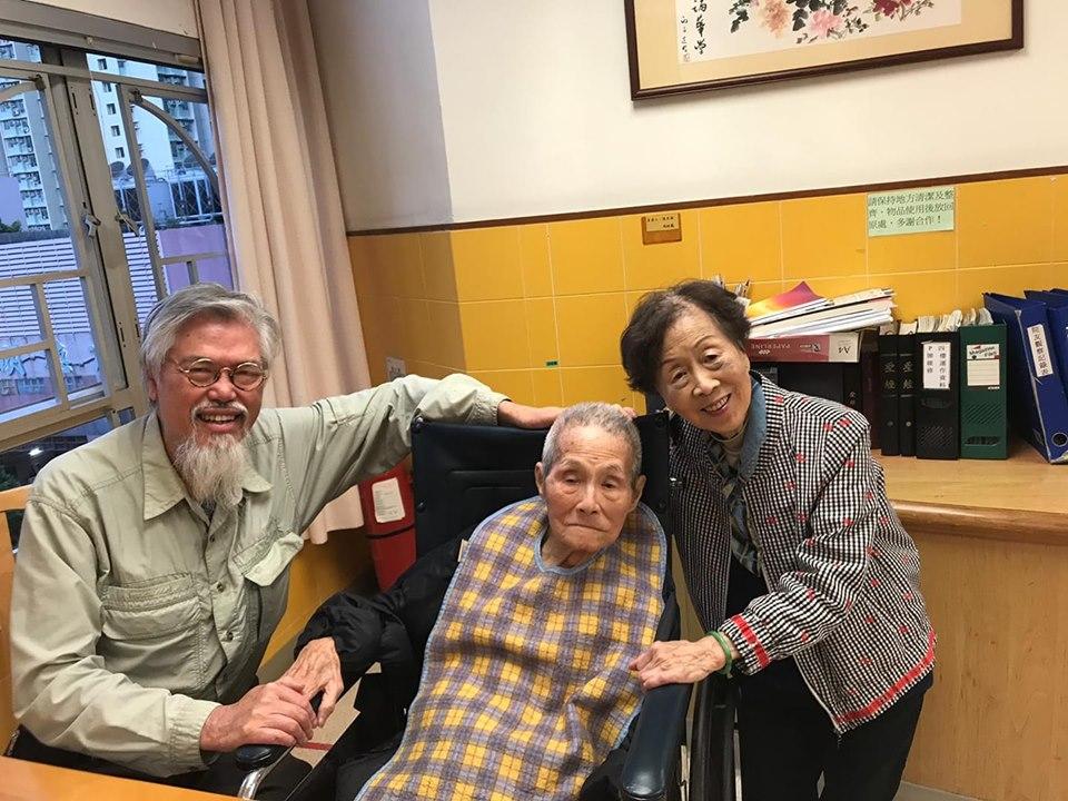 劉天賜探望李我、蕭湘。(fb圖片)