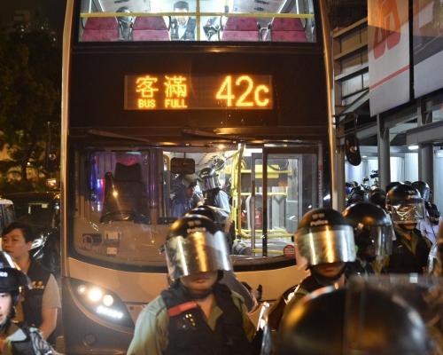 【修例風波】消息:警取得手令索取42C九巴八達通紀錄