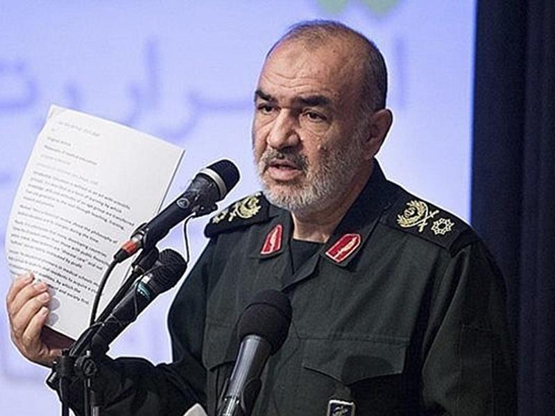伊朗革命衛隊司令沙拉米宣稱:已作好準備打擊侵略者。AP