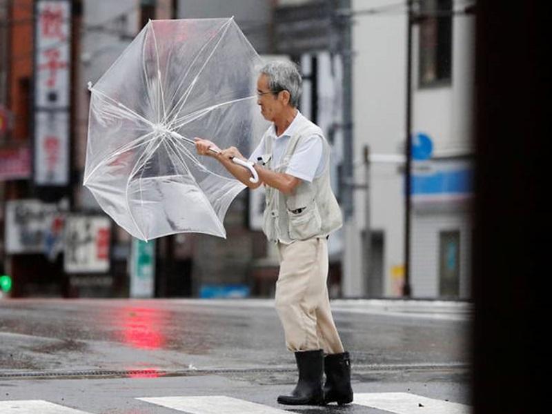 「塔巴」吹襲日本九州。網圖