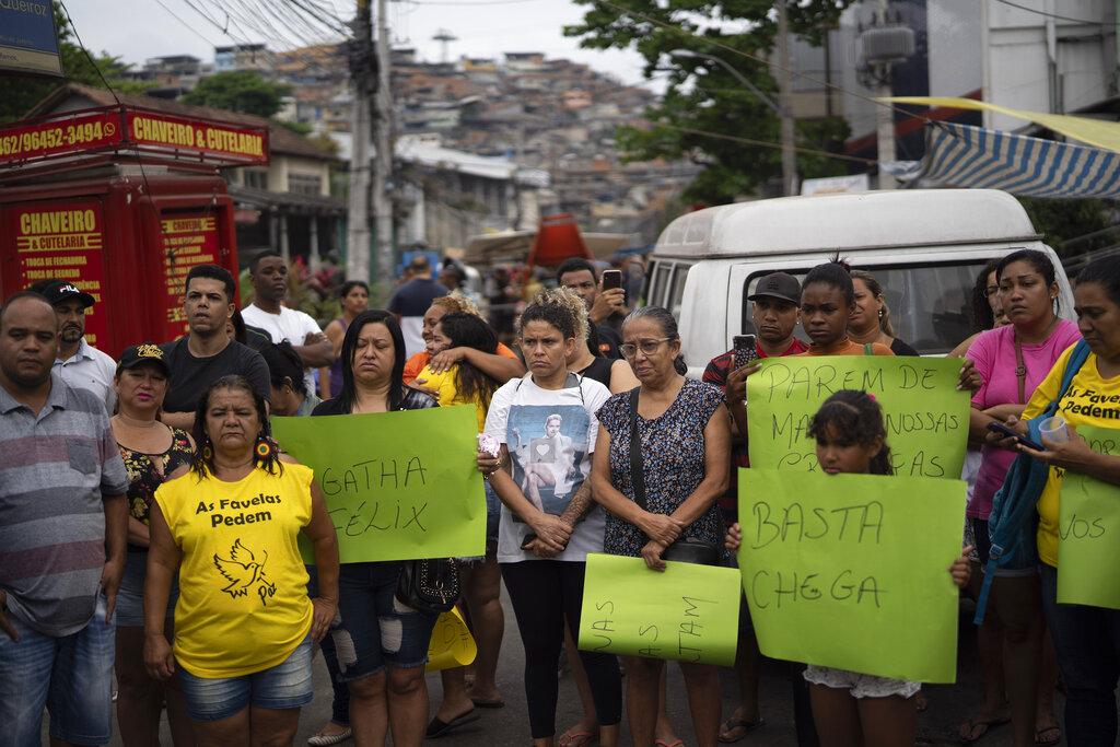 民眾上街抗議。AP